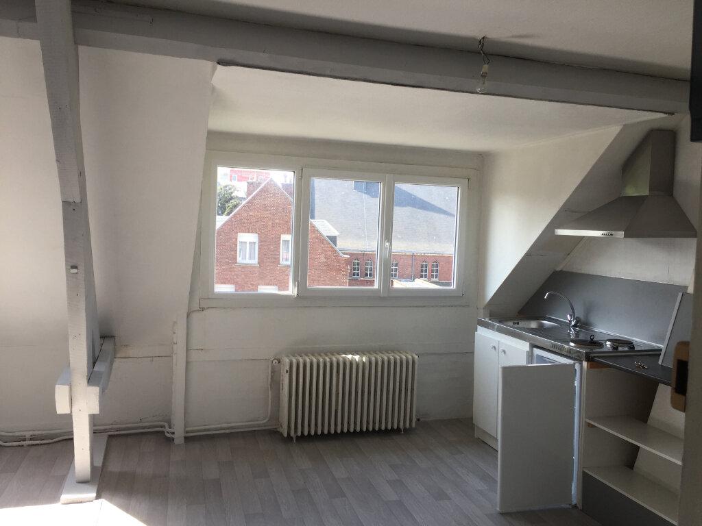 Appartement à louer 2 32m2 à Amiens vignette-1