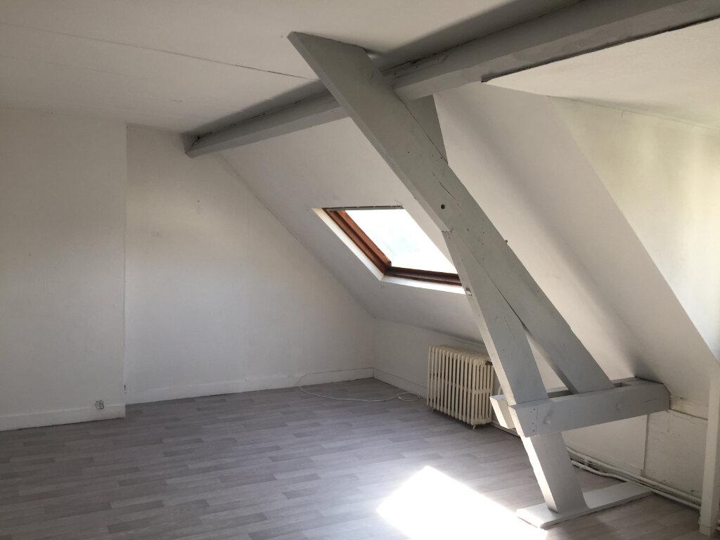 Appartement à louer 2 32m2 à Amiens vignette-3