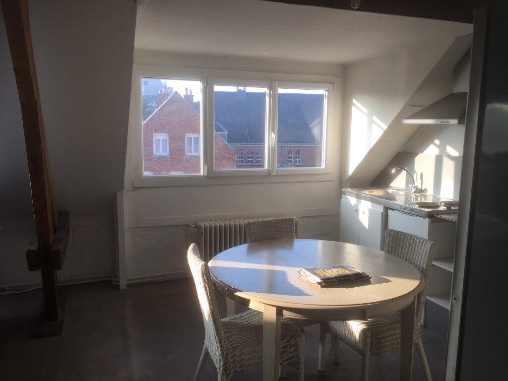 Appartement à louer 2 32m2 à Amiens vignette-10