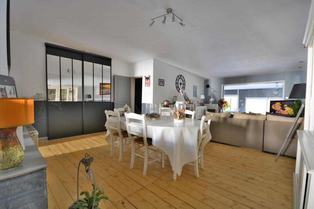 Maison à vendre 16 188.97m2 à Flixecourt vignette-1