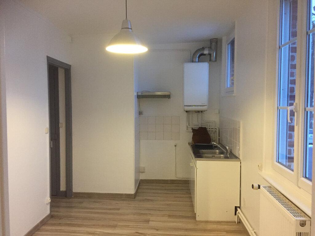 Appartement à louer 3 65m2 à Moreuil vignette-5