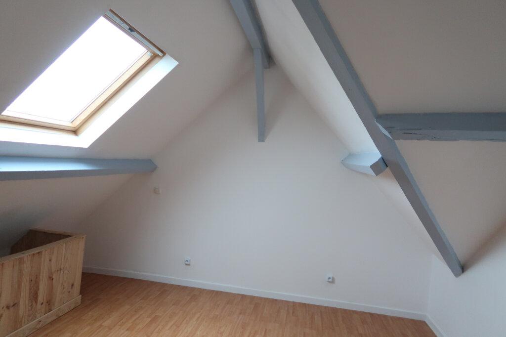 Appartement à louer 3 60m2 à Saint-Quentin vignette-9