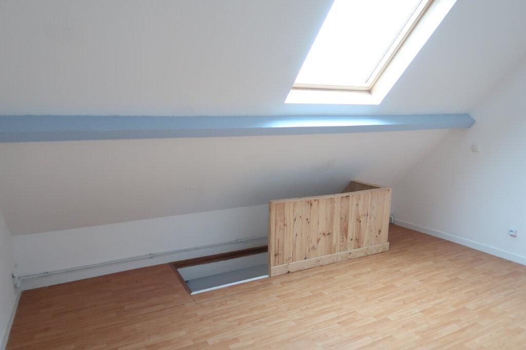 Appartement à louer 3 60m2 à Saint-Quentin vignette-10