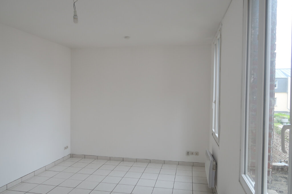 Appartement à louer 3 51.7m2 à Saint-Quentin vignette-2