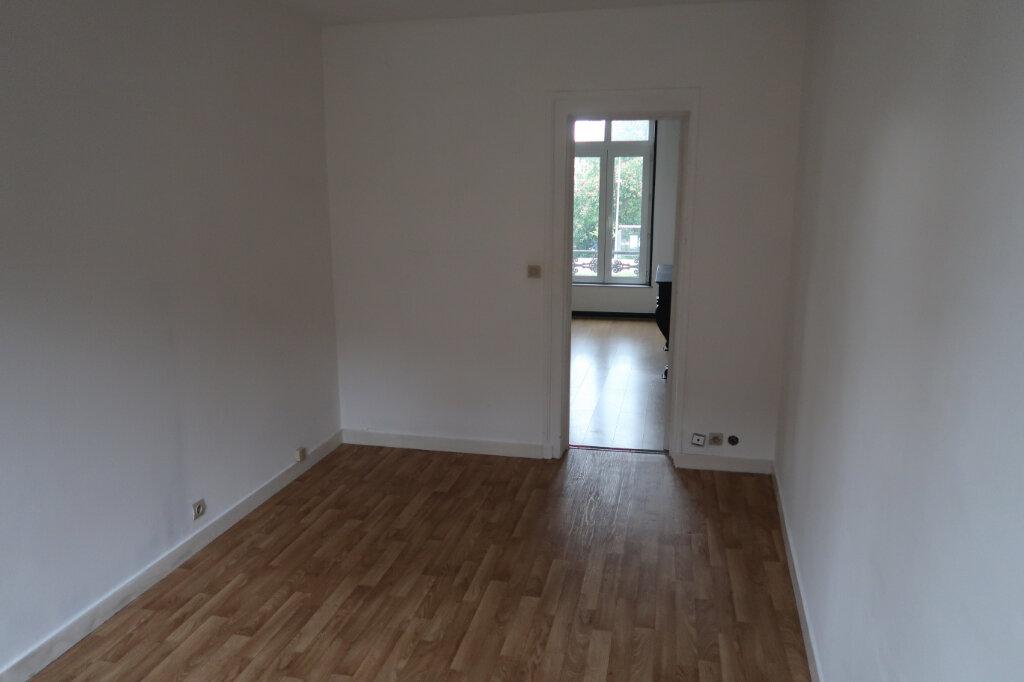 Appartement à louer 2 76m2 à Amiens vignette-3