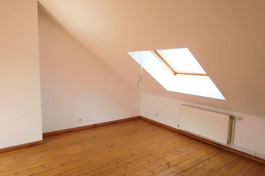 Appartement à louer 9 158.93m2 à Chauny vignette-10