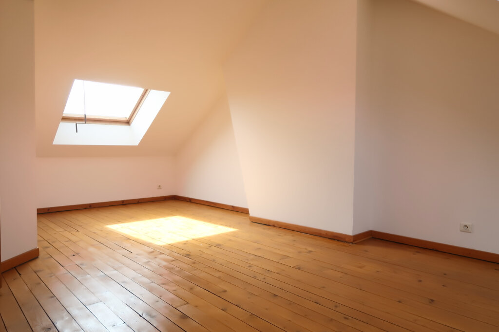 Appartement à louer 9 158.93m2 à Chauny vignette-11
