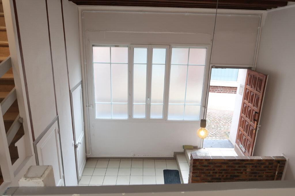 Appartement à louer 3 75m2 à Saint-Quentin vignette-5