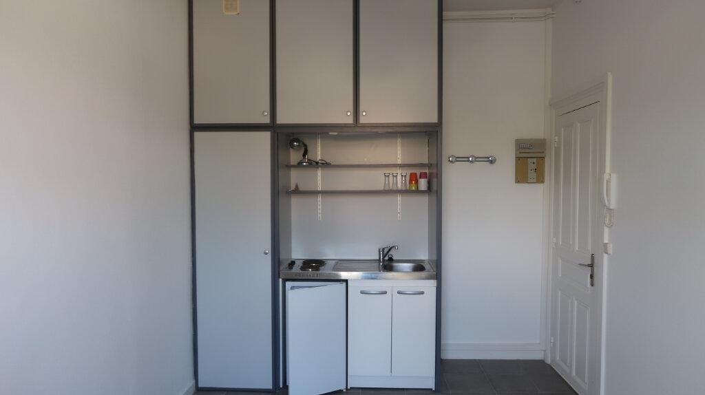 Appartement à louer 1 20m2 à Amiens vignette-1