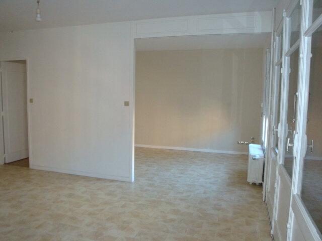 Appartement à louer 3 65m2 à Amiens vignette-2