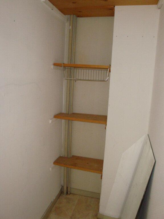 Appartement à louer 3 65m2 à Amiens vignette-6