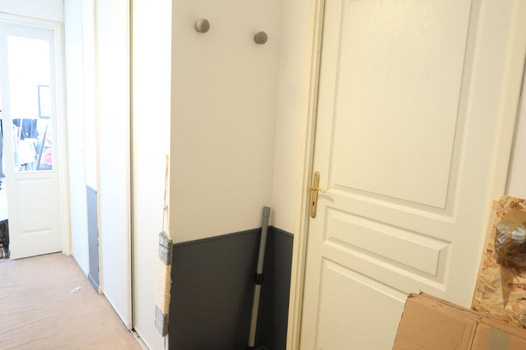 Appartement à louer 2 51.5m2 à Saint-Quentin vignette-2