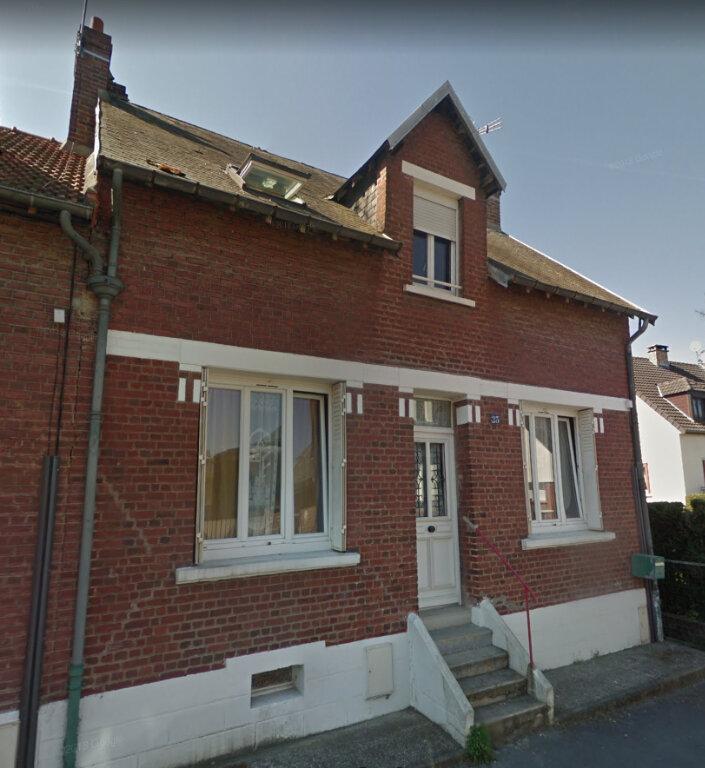 Maison à louer 6 117m2 à Tergnier vignette-1