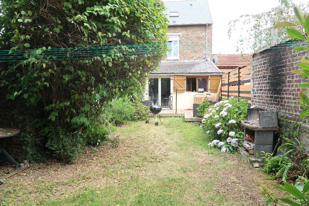 Maison à vendre 5 110m2 à Saint-Quentin vignette-3