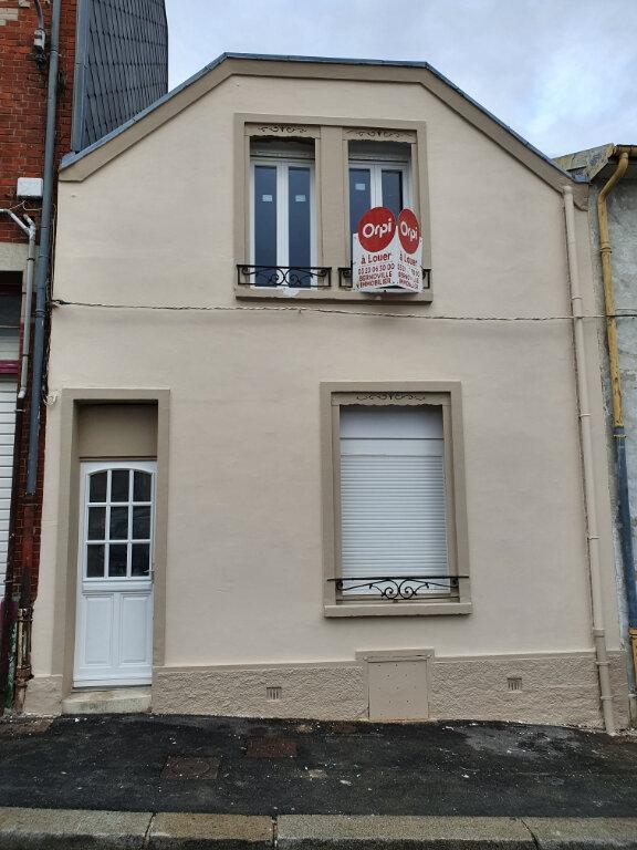 Appartement à louer 2 36.78m2 à Saint-Quentin vignette-2