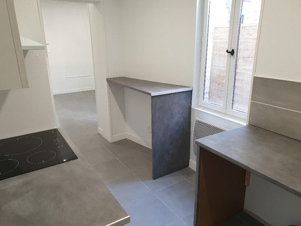 Appartement à louer 2 36.78m2 à Saint-Quentin vignette-4