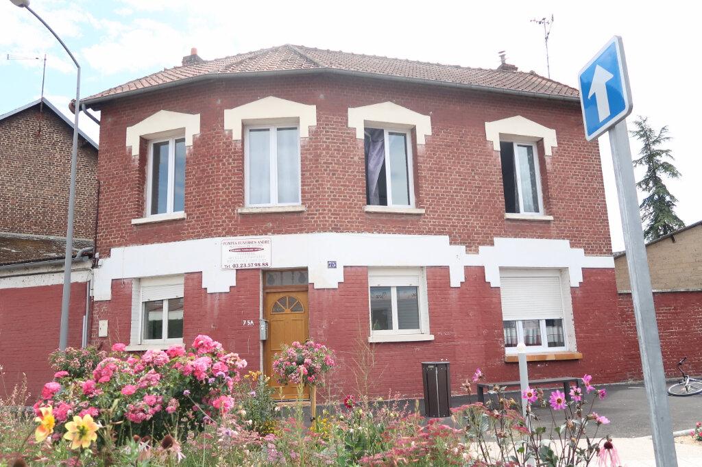 Maison à vendre 6 119m2 à Tergnier vignette-1