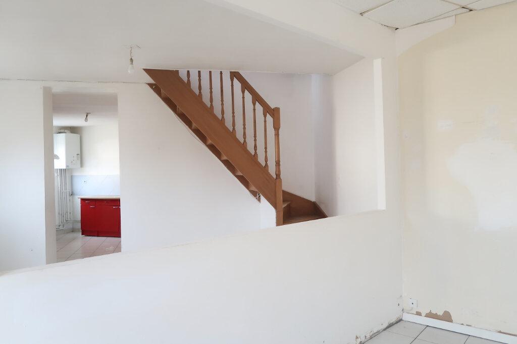 Maison à vendre 6 119m2 à Tergnier vignette-6