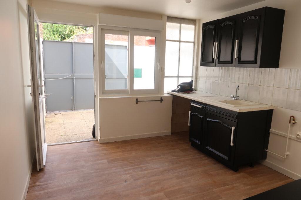Appartement à louer 2 48m2 à Saint-Quentin vignette-5