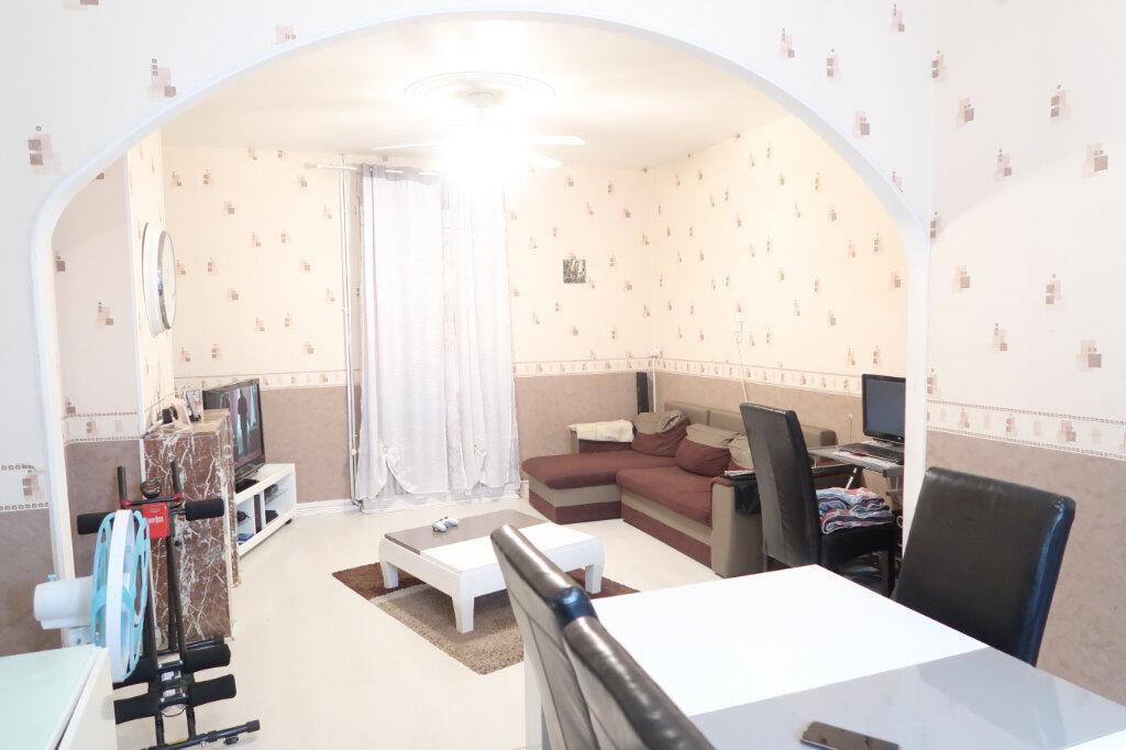 Maison à vendre 4 70m2 à Saint-Quentin vignette-2