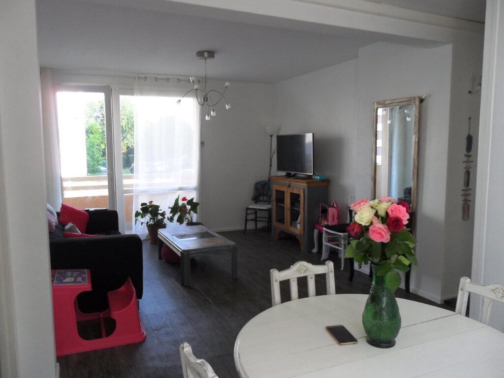 Appartement à vendre 5 66m2 à Saint-Quentin vignette-6