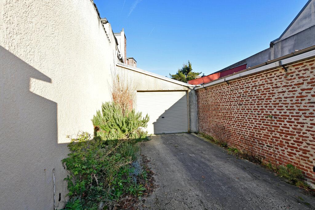 Maison à vendre 8 172m2 à Saint-Quentin vignette-2