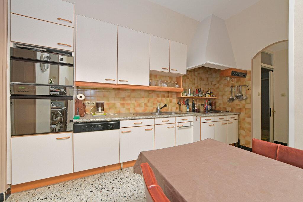 Maison à vendre 8 172m2 à Saint-Quentin vignette-8
