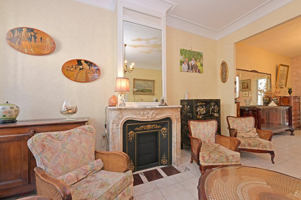 Maison à vendre 8 172m2 à Saint-Quentin vignette-14