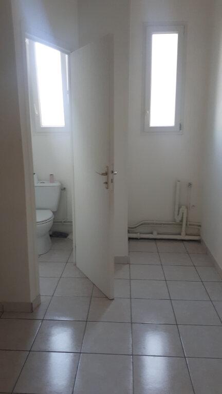 Appartement à louer 3 68.17m2 à Amiens vignette-5