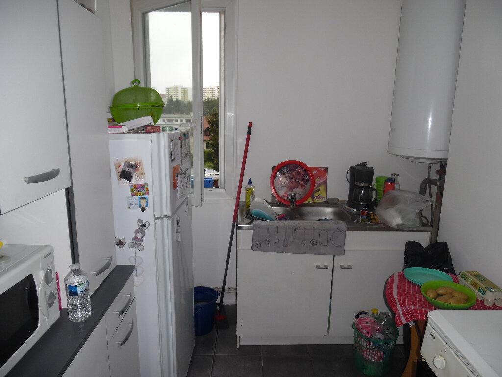Appartement à vendre 4 66m2 à Saint-Quentin vignette-7