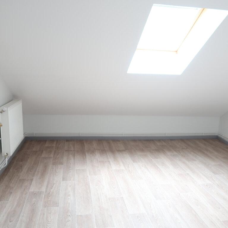 Appartement à louer 2 32m2 à Saint-Quentin vignette-4