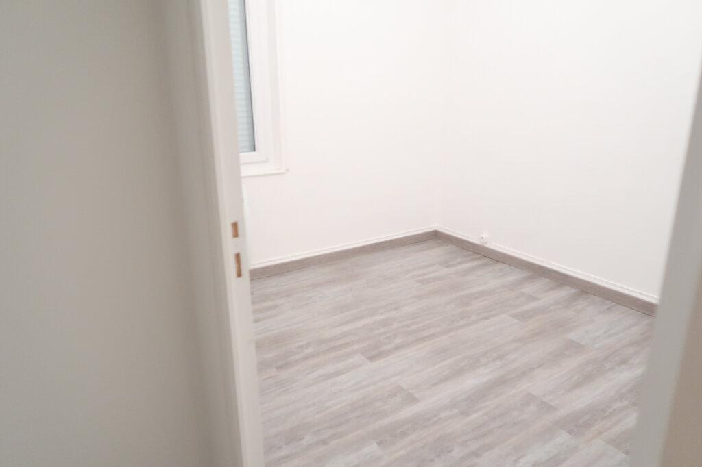 Maison à louer 4 78m2 à Saint-Quentin vignette-7