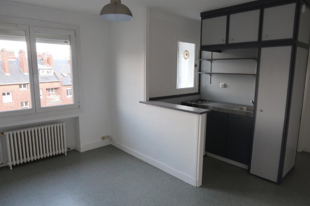 Appartement à louer 1 24m2 à Amiens vignette-4