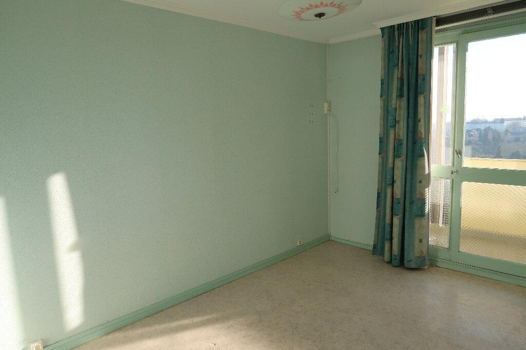 Appartement à vendre 5 93m2 à Saint-Quentin vignette-7