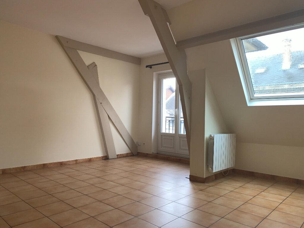 Appartement à louer 2 50m2 à Chauny vignette-1