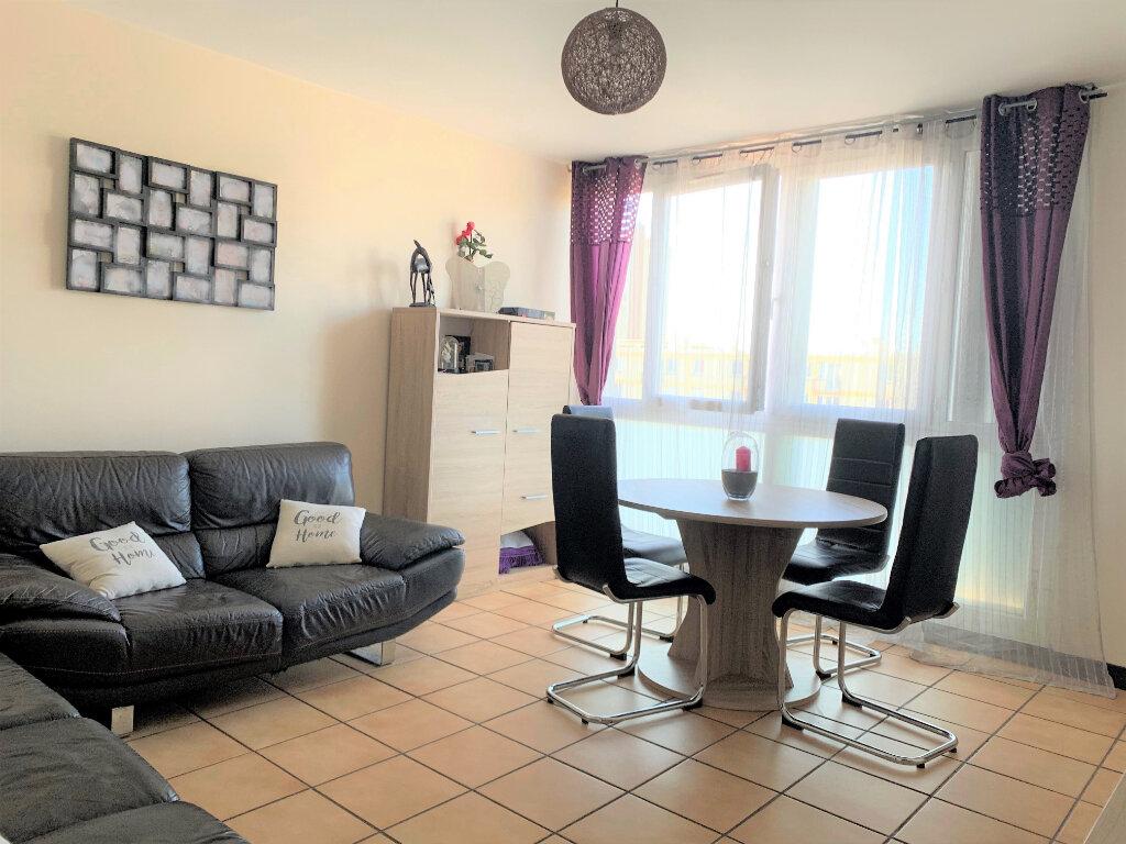 Appartement à vendre 3 63m2 à Soisy-sous-Montmorency vignette-2
