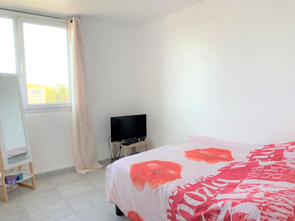 Appartement à vendre 3 63m2 à Soisy-sous-Montmorency vignette-4