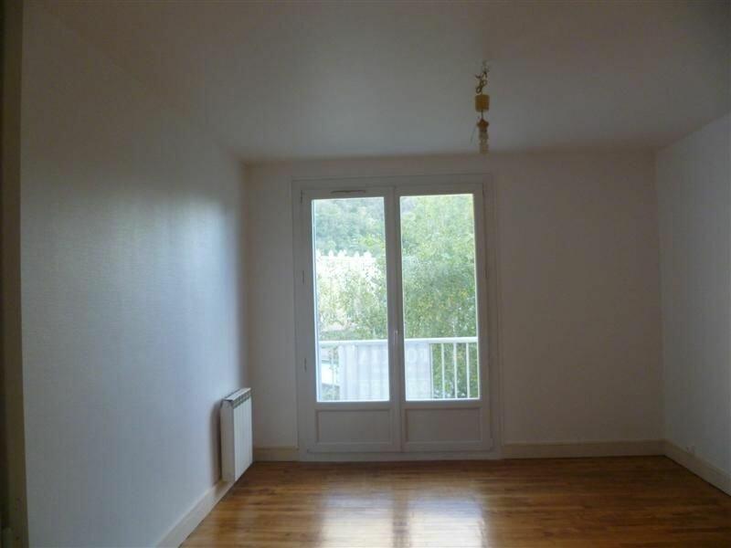 Appartement à louer 3 52m2 à Saint-Égrève vignette-1