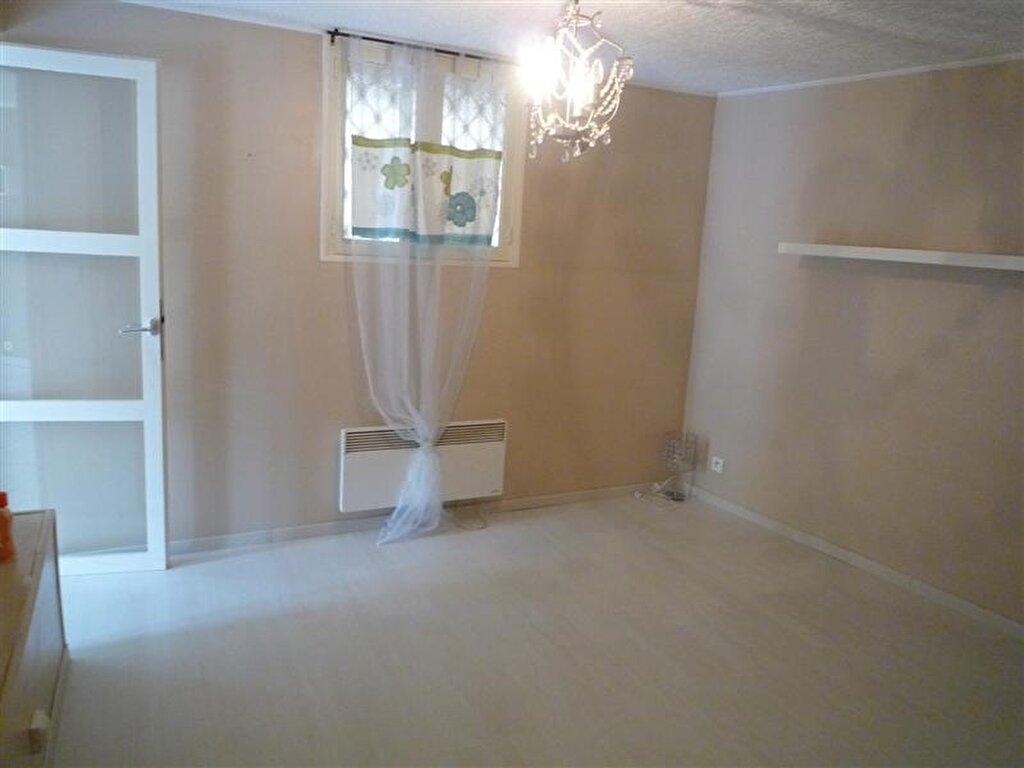 Appartement à louer 2 55m2 à Tullins vignette-6