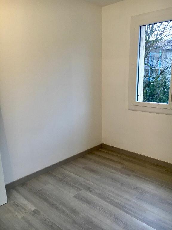 Appartement à louer 3 62m2 à Voiron vignette-7