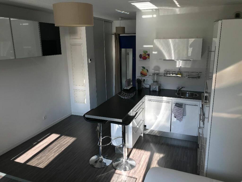 Appartement à louer 1 27m2 à Saint-Étienne-de-Crossey vignette-3