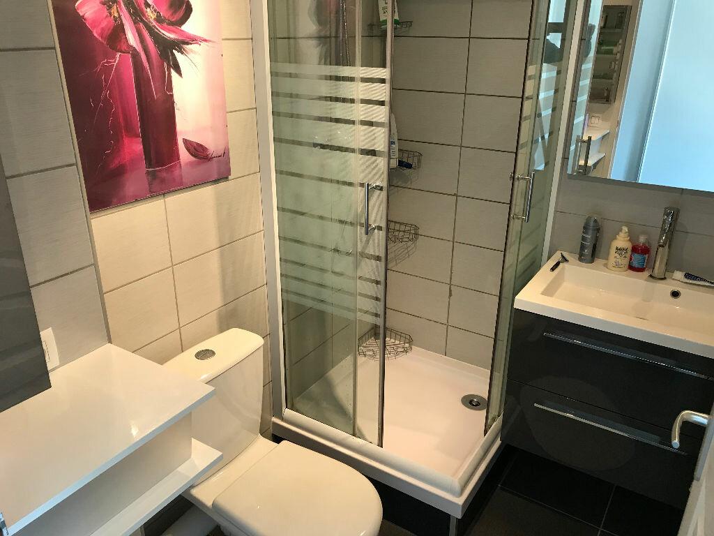 Appartement à louer 1 27m2 à Saint-Étienne-de-Crossey vignette-5