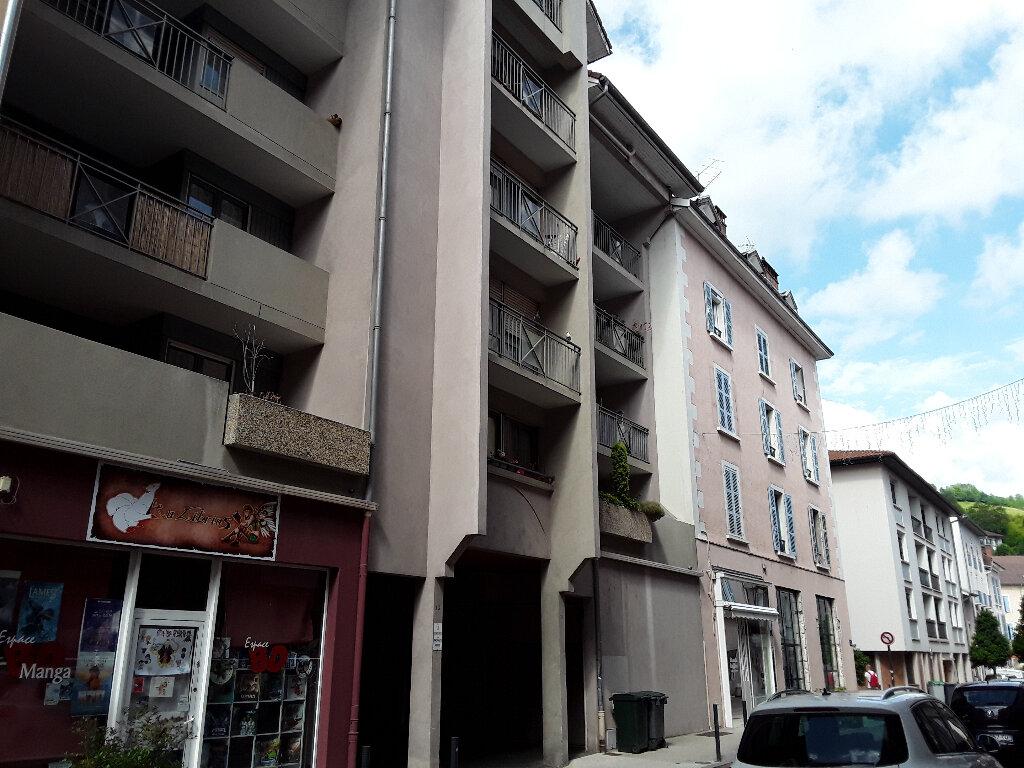 Appartement à louer 2 34m2 à Voiron vignette-1