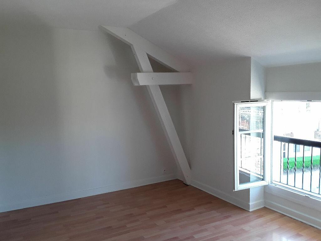 Appartement à louer 4 70m2 à Moirans vignette-3