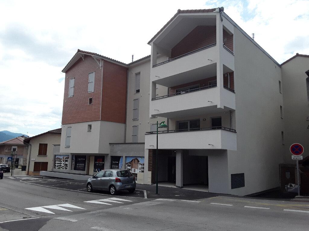 Appartement à louer 3 65m2 à La Buisse vignette-1