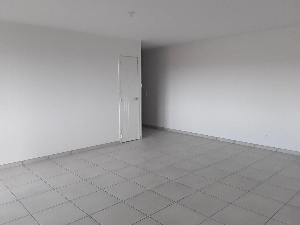 Appartement à louer 3 65m2 à La Buisse vignette-5