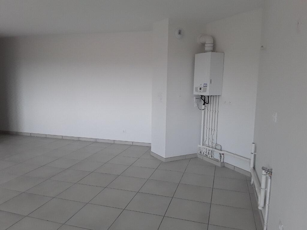 Appartement à louer 3 65m2 à La Buisse vignette-6