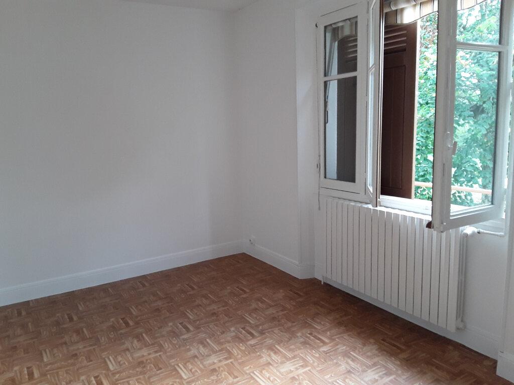 Maison à louer 3 69m2 à Saint-Aupre vignette-3