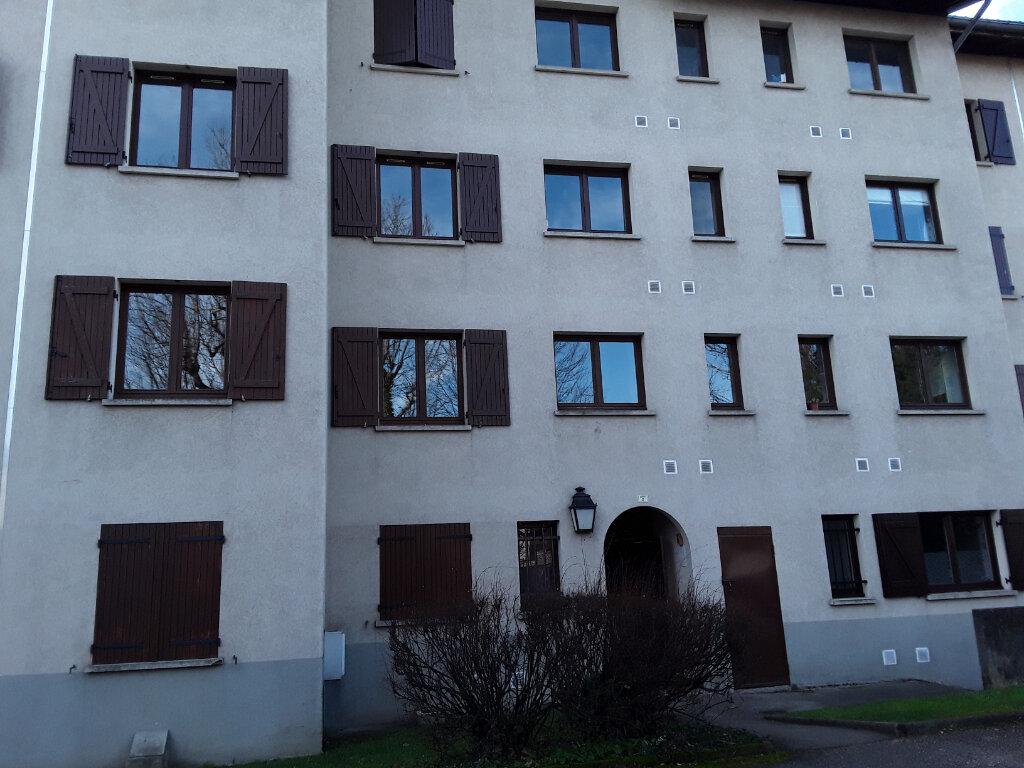 Appartement à louer 4 81m2 à Moirans vignette-1