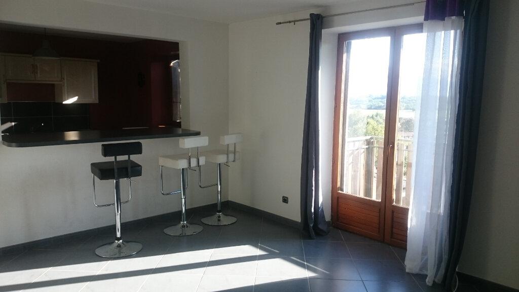 Appartement à louer 3 69m2 à La Murette vignette-2